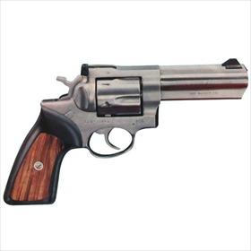 .357 Magnum Revolver_6257402733579554255