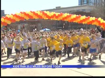 Leukemia survivor finishes Little Rockers Marathon_7117442494924472705