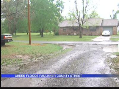Faulkner County flash floods_3492618506520380036