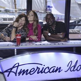 Steven Tyler, Jennifer Lopez and Randy Jackson _-169918369088585202