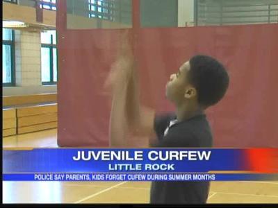 Juvenile curfew in Little Rock_-2555512415499106653
