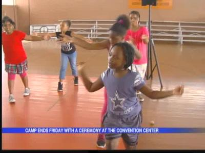 Police and youth camp in Pine Bluff_5202316693569357844