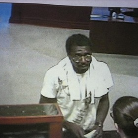 Bank robbery suspect_-5947956642243788083