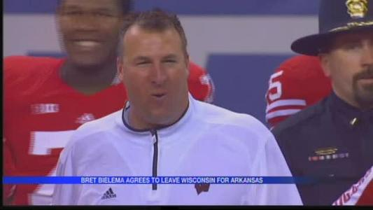 Bielema agrees to leave Wisconsin for Arkansas_7969404540641496620