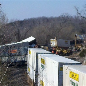 Train derails near Williford, AR_-2026962309464374390