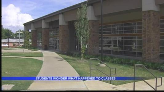 Arkansas Baptist Students Worried About School, Money_3350331992641456870
