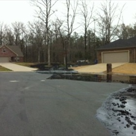 Lake Conway Oil Spill Pic 3_-7004651330330408118