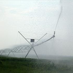 Watering farm fields_-2627083770899707177