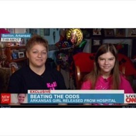 Kali Hardig and mom Traci Hardig on CNN_-1191210817660632062