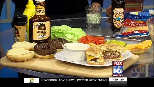 Super Bowl Challenge_ Bacon Bleu Burgers_-8394430790094927048