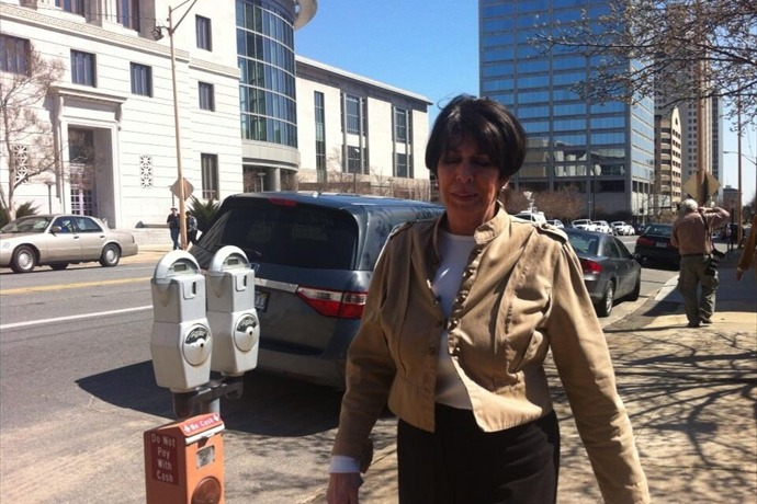 Martha Shoffner Leaving Federal Courthouse_6501237354053386744