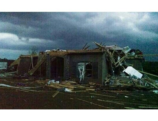 Vilonia Home Damaged_5597905002704162138