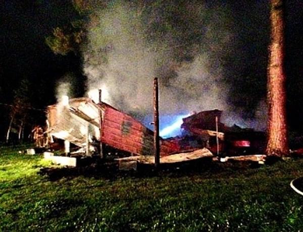 Appleton Mobile Home Fire_-3570842851915185224