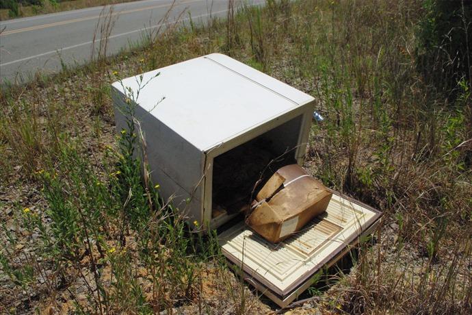 illegal dumping_-5652303712331479780
