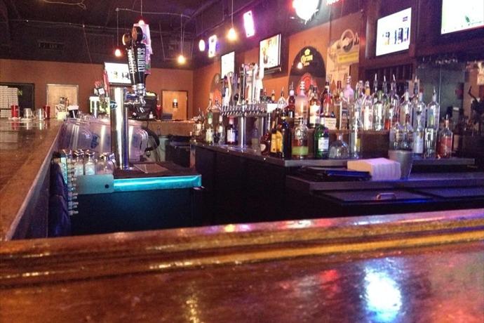 Gusano's Bar _-8366442349009615204