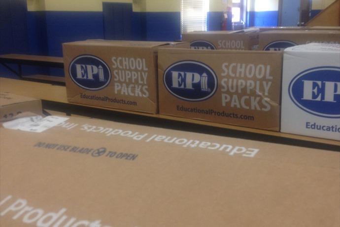 school supplies_-1821877350308887533