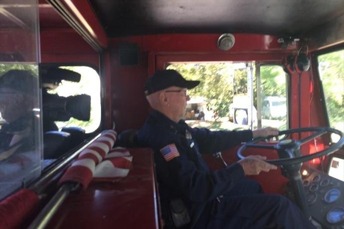 Volunteer Firefighter _-8938641299336182744