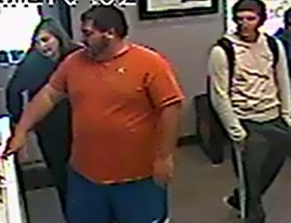 Shoplifting suspect in Rogers_-2958996768843477542