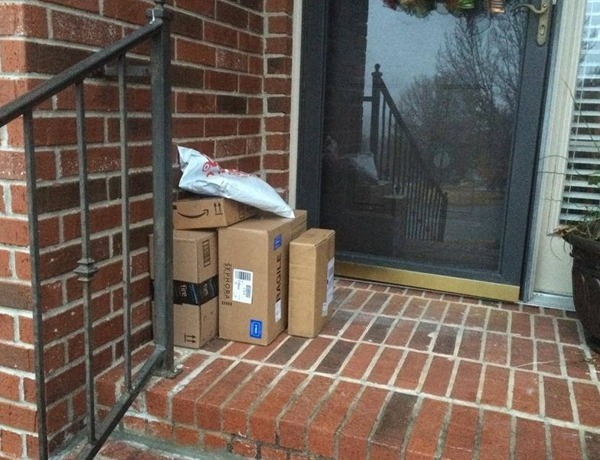 Thieves targeting homes with packages on porches _-6372635119094248998