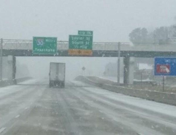 I-30 westbound coming through Benton Monday afternoon._1876975110663589034