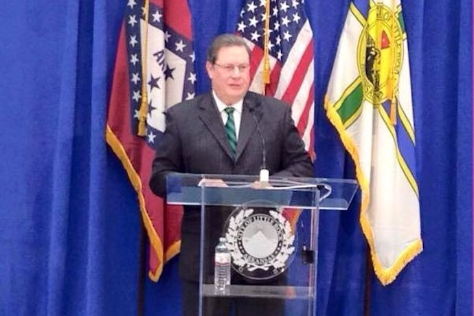 Mayor Mark Stodola delivers his 2015 State of the City address._7194671984192540431