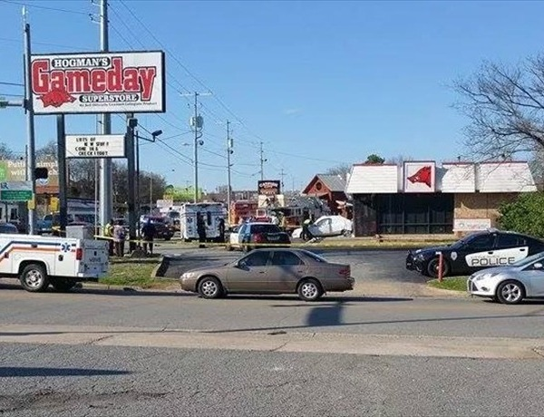 Fatal Accident at at West 19 Street and University Avenue in Little Rock._6419346859836262062