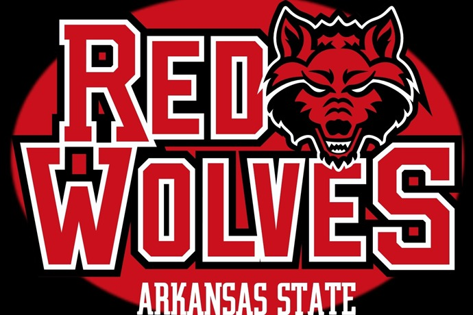 red wolves_6948793614774715465