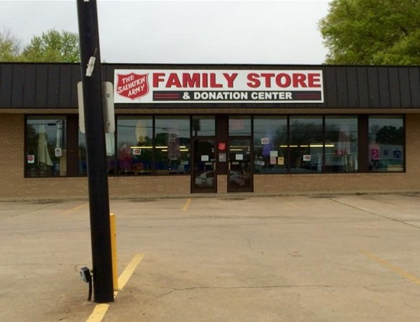 Salvation Army store in Russellville_-3783298552027330530