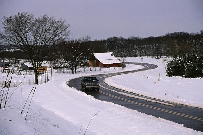 Winter weather roads_7804586257883350464