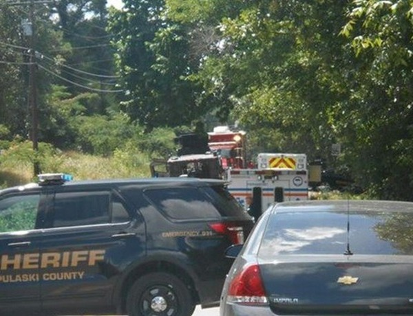 Search of @LRAFB suspect's home on Maddox Rd. in Jacksonville_6273876284953808524