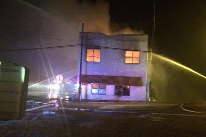 Stephens City Hall building burns. _-4572256773218220026