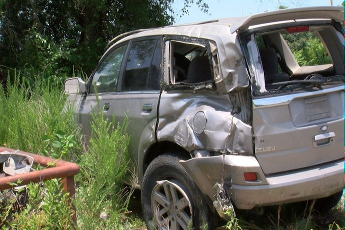 Train hits car in NLR, driver ticketed, not hurt_2092930915527051519
