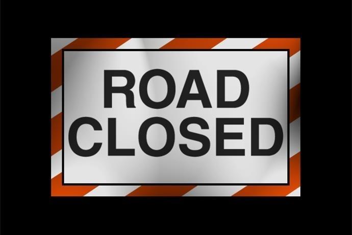 road closed sign_4377365327870771550