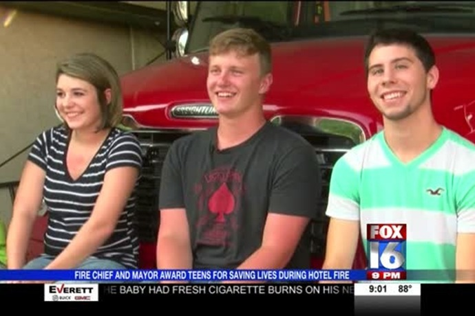 Teens Honored for Bravery _8195004371683527573