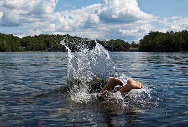 Swimming_1492719125719.jpg