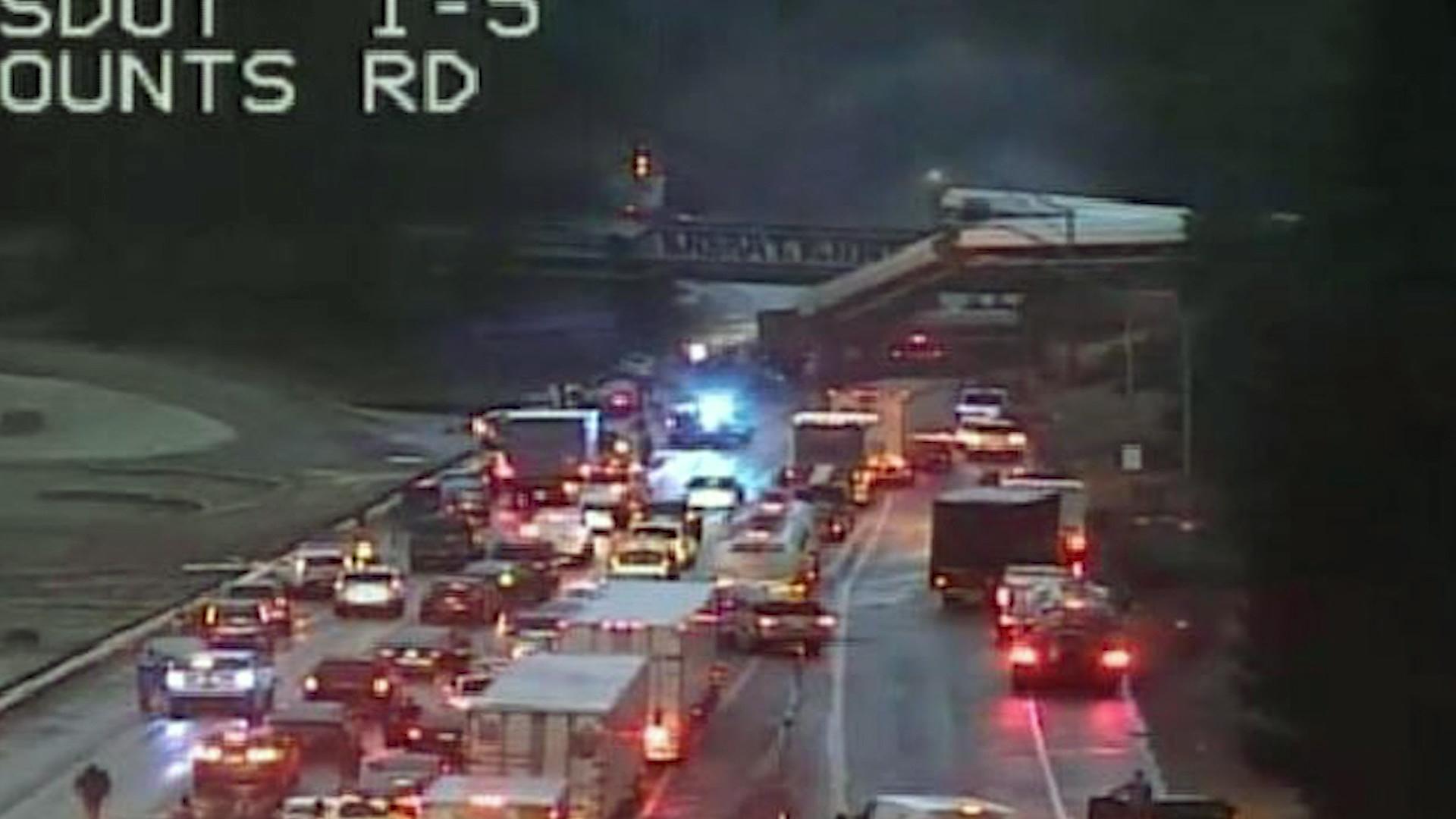 Amtrak derailment in Washington state over I-5-159532.jpg00556178