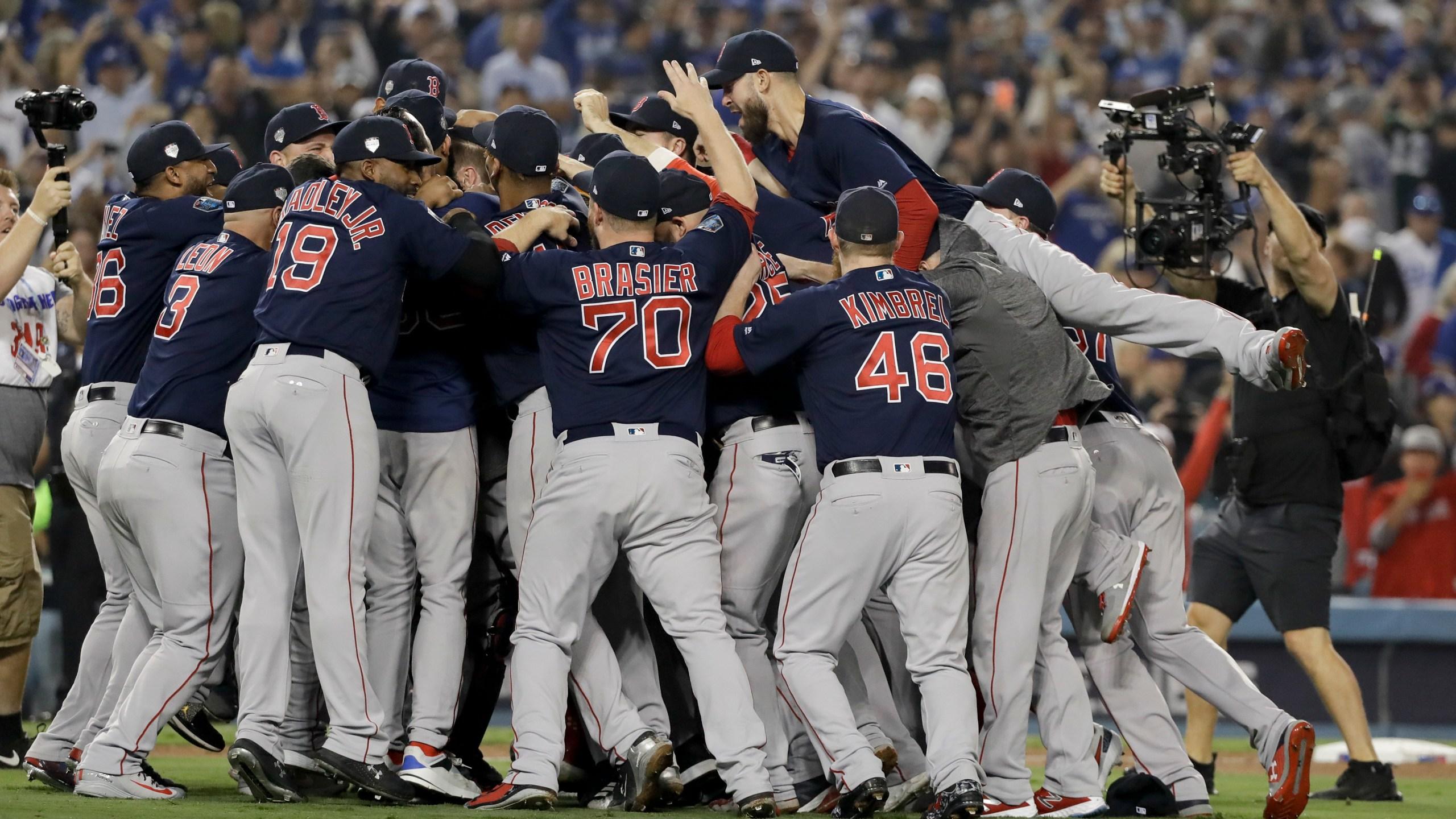 World_Series_Red_Sox_Dodgers_Baseball_94543-159532.jpg87383412