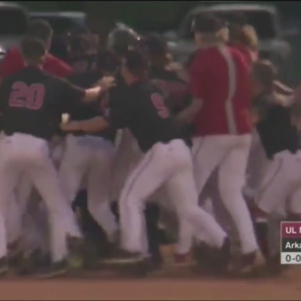 Arkansas State Wins Extra-Inning Battle with ULM