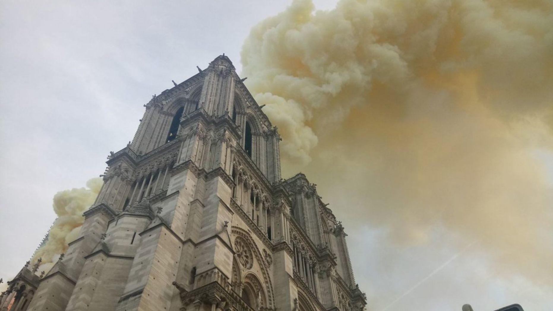 Notre Dame fire Paris - Mayor Anne Hidalgo, Twitter_1555349870628.jpg.jpg