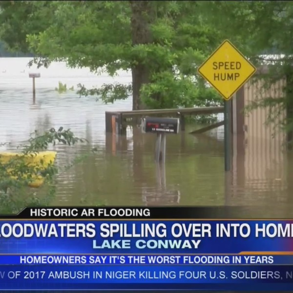 Floodwaters_Spilling_Over_into_Homes_0_20190606231755