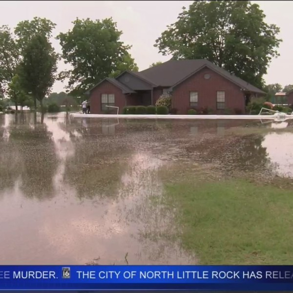 Power_Cut_Off_Due_to_Flooding_in_North_L_0_20190604232024