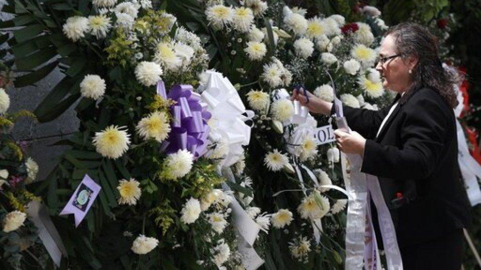 Watch The El Paso Strong Memorial Online Klrt Fox16 Com