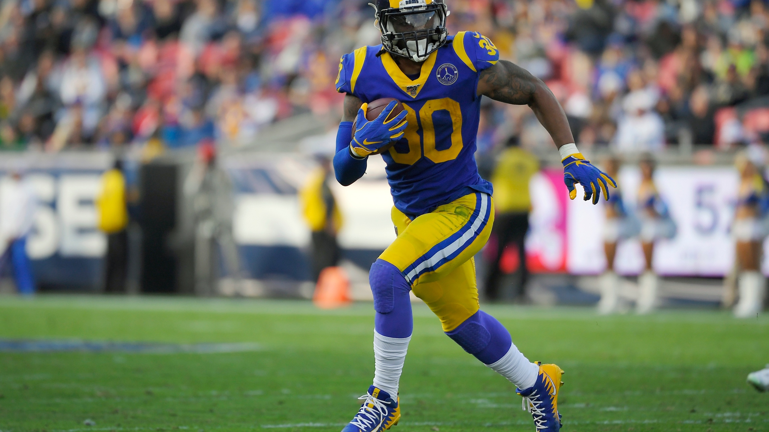 La Rams Hope To Run Ball By Committee Without Todd Gurley Klrt Fox16 Com