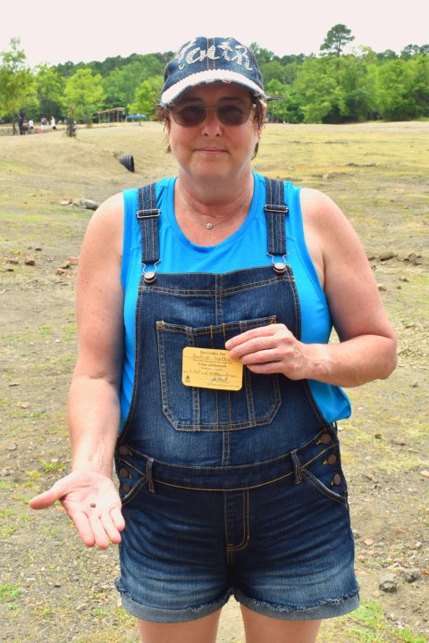 Woman finds 2.23-carat diamond at Crater of Diamonds State Park in Arkansas