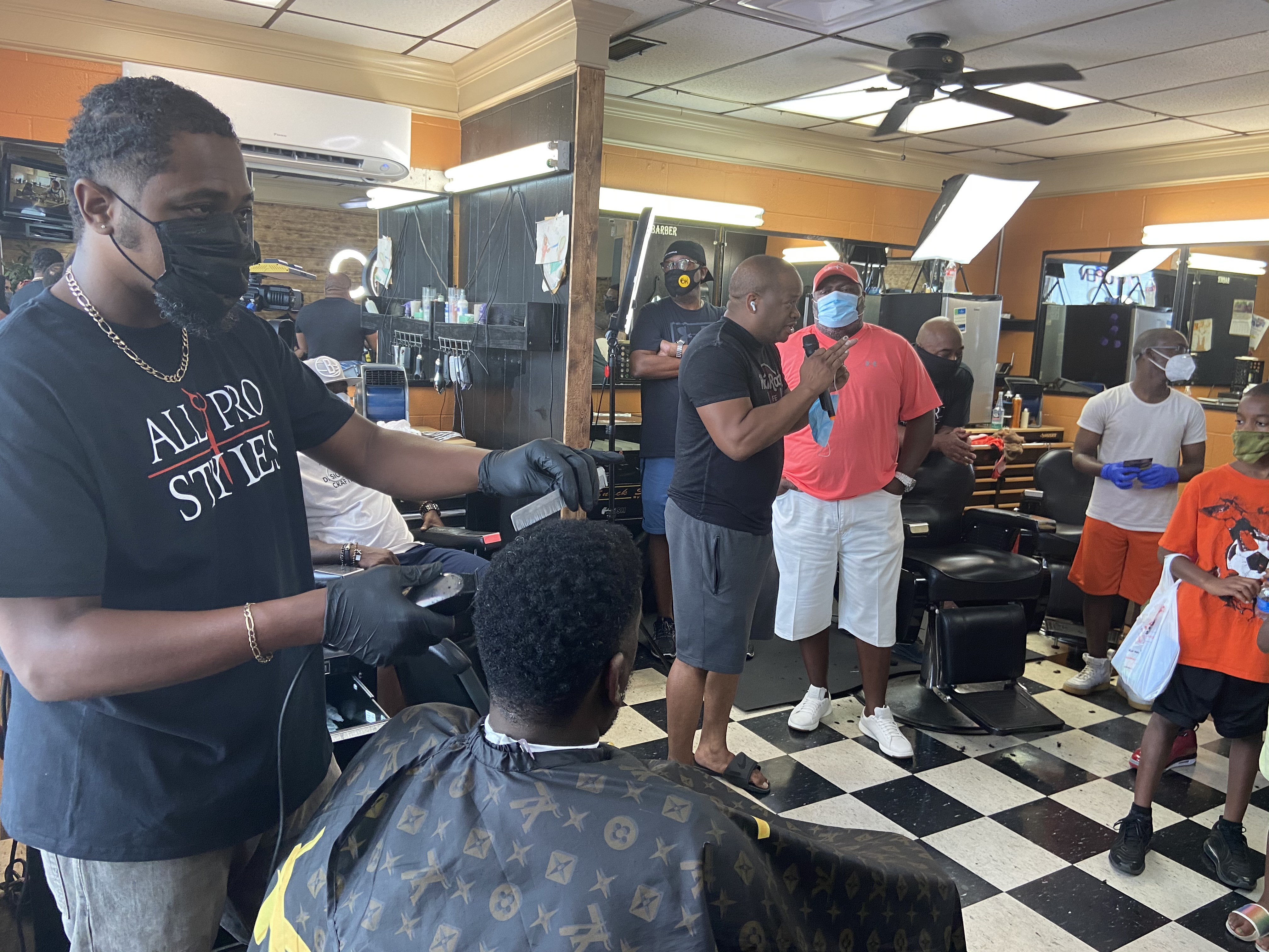 LR Barbershop partners chops cuts and conversations with LRPD ...