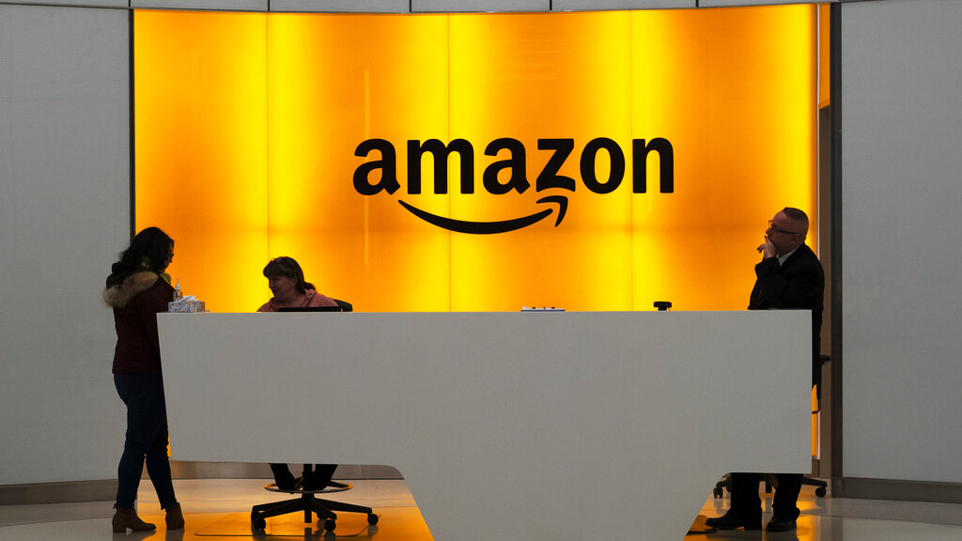 Amazon Kicks Off Career Fair With 33 000 Work From Home Jobs Up For Grabs Klrt Fox16 Com
